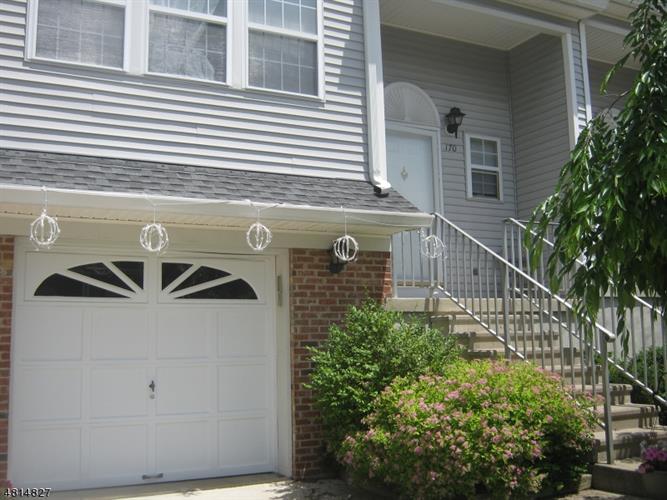 170 Durham Ct, Allamuchy Twp, NJ - USA (photo 2)
