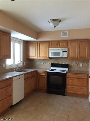 193 Seminole Rd, Andover, NJ - USA (photo 3)