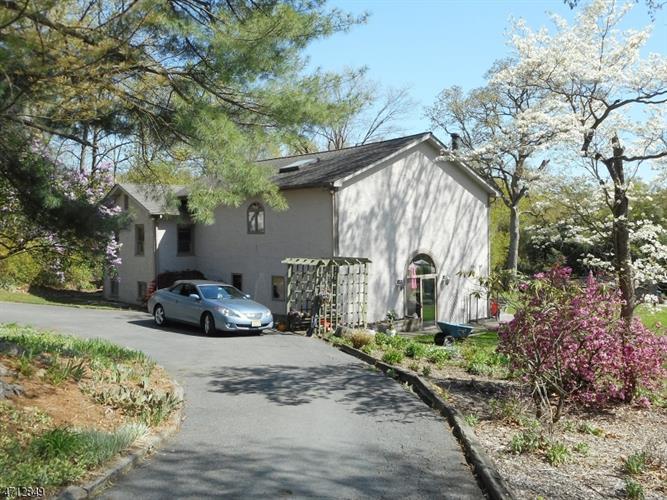 37 Upper Mountain Ave, Montville Township, NJ - USA (photo 2)