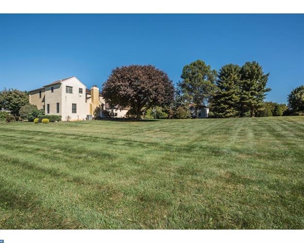 1274 Deep Meadow Dr, Glen Mills, PA - USA (photo 4)