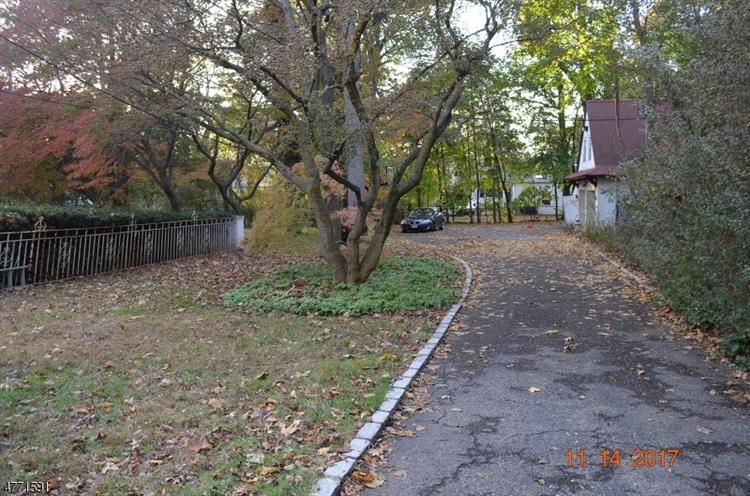 368 Ridgewood Ave, Glen Ridge, NJ - USA (photo 4)