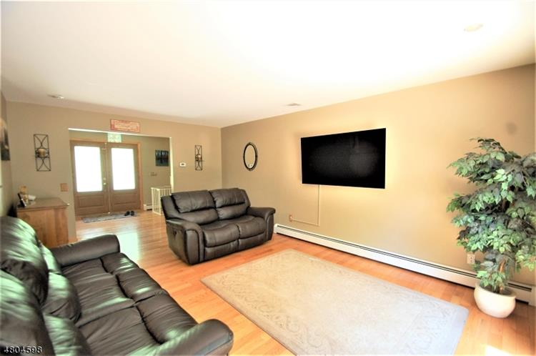 1216 Johnston Dr, Watchung, NJ - USA (photo 3)