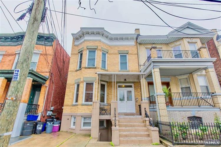 266 Ogden Avenue, Jersey City, NJ - USA (photo 2)
