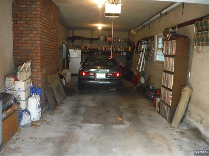 418 Hasbrouck Blvd, Oradell, NJ - USA (photo 3)