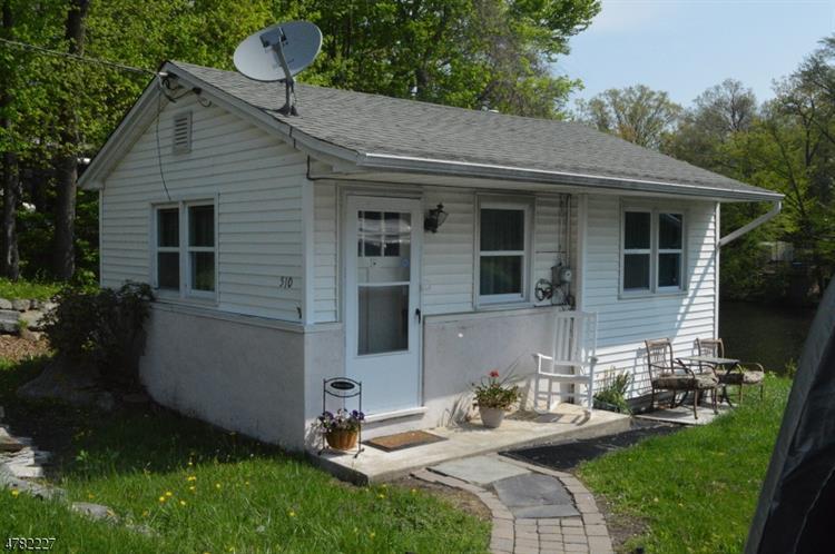 510 Warwick Tpke, West Milford, NJ - USA (photo 1)