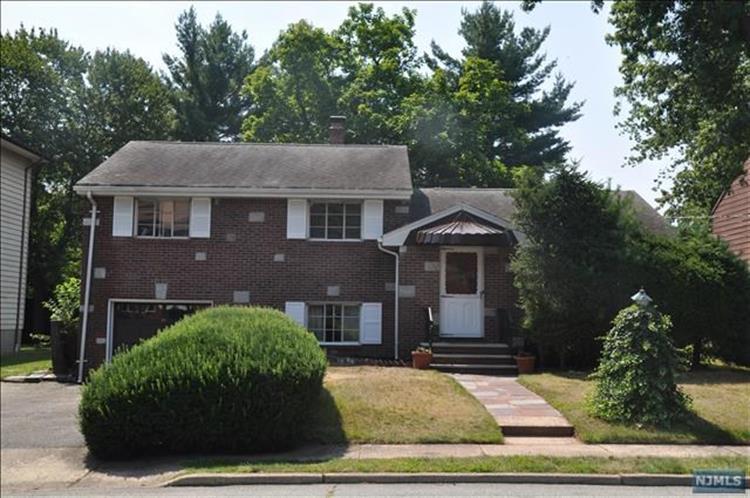 46 Newcomb Rd, Tenafly, NJ - USA (photo 1)