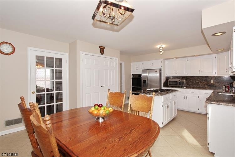 30 Branko Rd 30, Berkeley Heights, NJ - USA (photo 5)