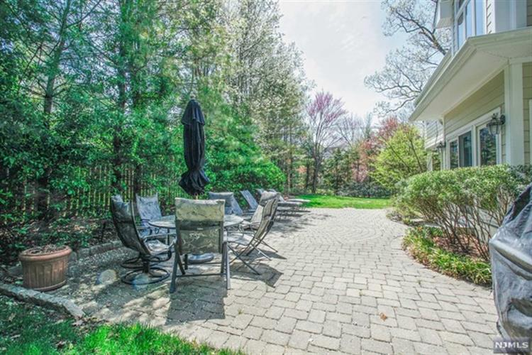 30 Magnolia Avenue, Tenafly, NJ - USA (photo 5)