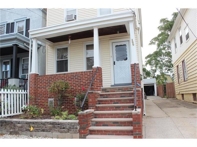 300 Ridgeley Street, Perth Amboy, NJ - USA (photo 2)