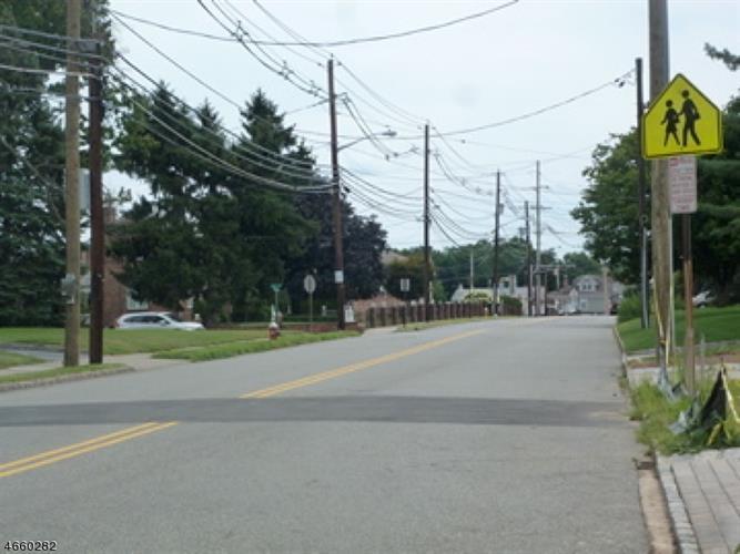 95 E Lindsley Rd, Cedar Grove, NJ - USA (photo 5)