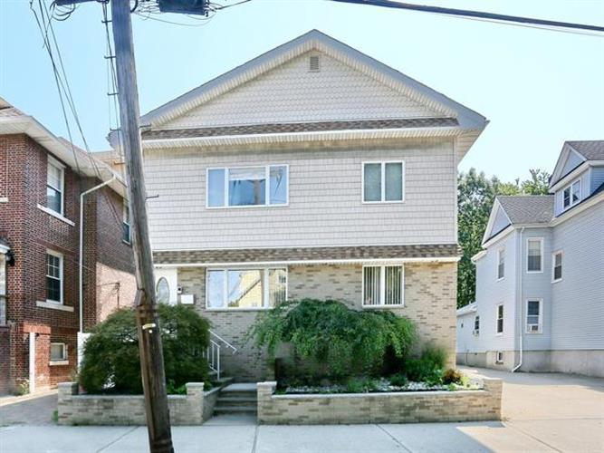 574 Palisade Ave, Cliffside Park, NJ - USA (photo 1)
