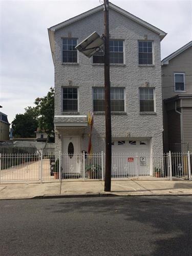 27 Jewett Ave 2, Jersey City, NJ - USA (photo 3)