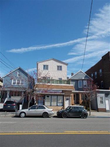 686 Kennedy Blvd, Bayonne, NJ - USA (photo 1)