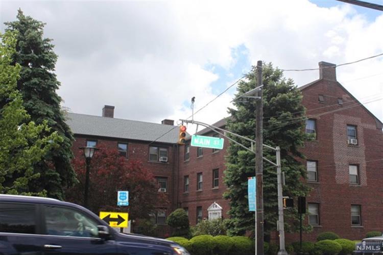 418 Main St A3, Fort Lee, NJ - USA (photo 1)