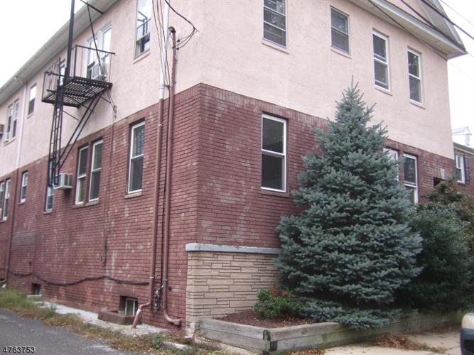 276 Waite Ave, Rahway, NJ - USA (photo 2)