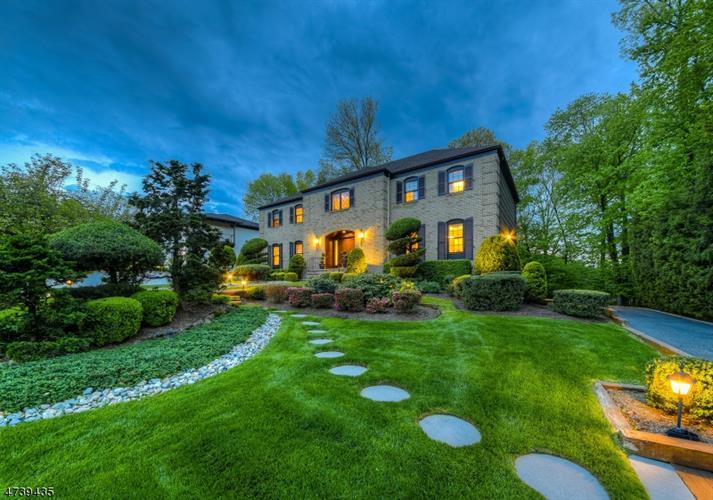 377 Long Hill Dr, Short Hills, NJ - USA (photo 2)