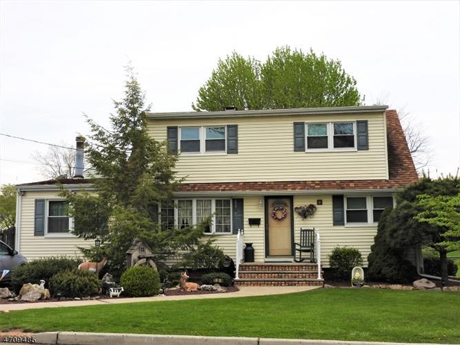 139 Bender Ave, Iselin, NJ - USA (photo 1)
