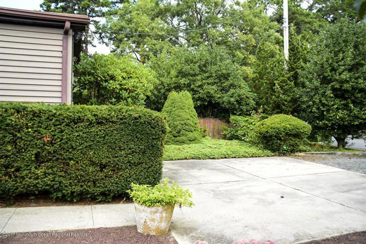 12 Edgewater Drive, Tuckerton, NJ - USA (photo 2)