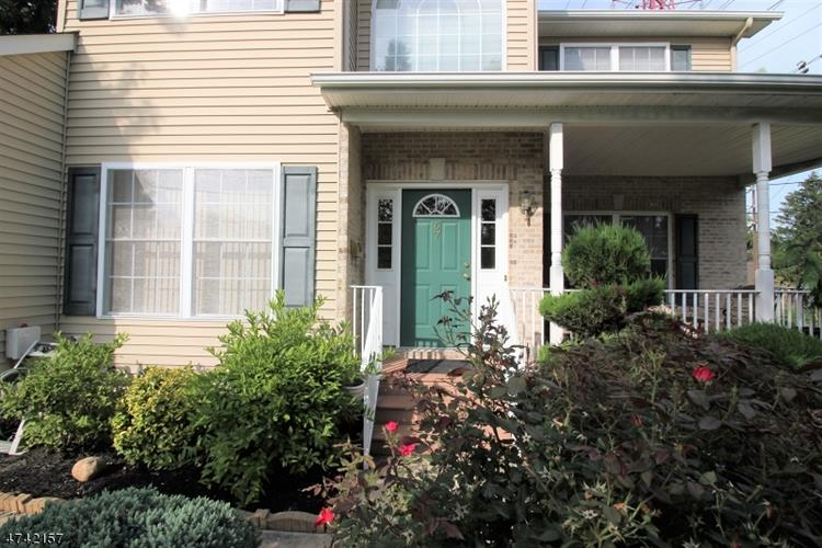 67 E Lawrence St, Milltown, NJ - USA (photo 2)
