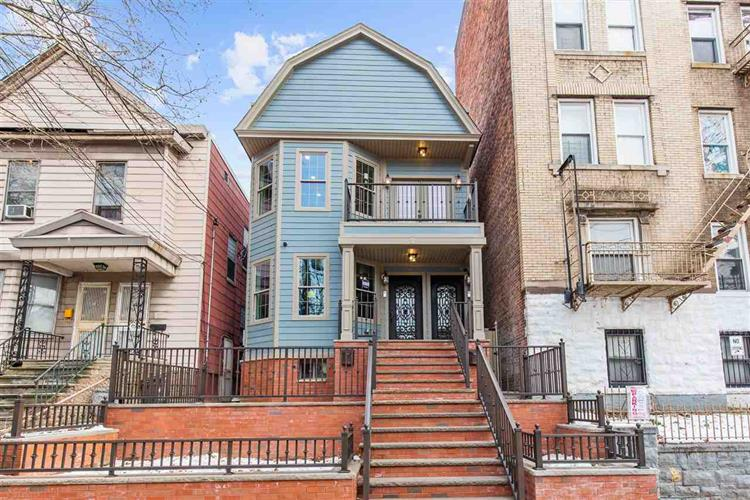 32 Romaine Ave, Unit 1 1, Jersey City, NJ - USA (photo 3)
