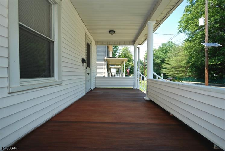 135 Smalley Ave, Middlesex, NJ - USA (photo 3)