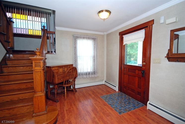 135 Smalley Ave, Middlesex, NJ - USA (photo 4)