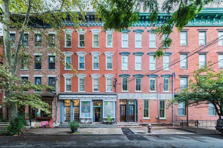 108 Morris St, Unit 1 1, Jersey City, NJ - USA (photo 1)