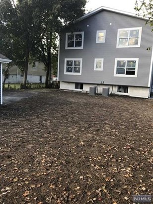 228 Kipp Avenue, Unit #2 2, Elmwood Park, NJ - USA (photo 2)