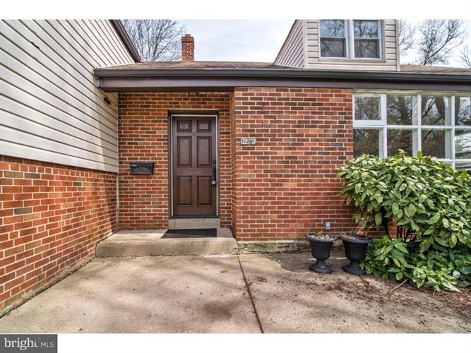 1704 E Willow Grove Avenue, Glenside, PA - USA (photo 3)