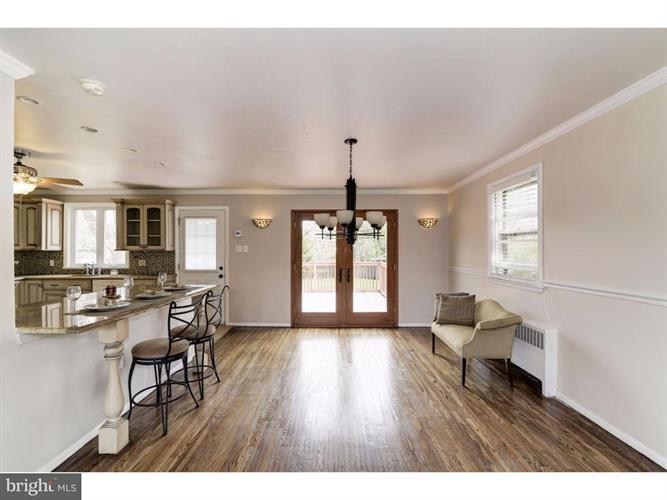 1704 E Willow Grove Avenue, Glenside, PA - USA (photo 5)