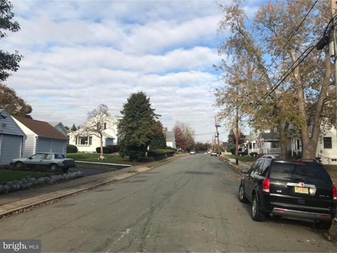 10 Stacy Avenue, Hamilton Twp, NJ - USA (photo 3)