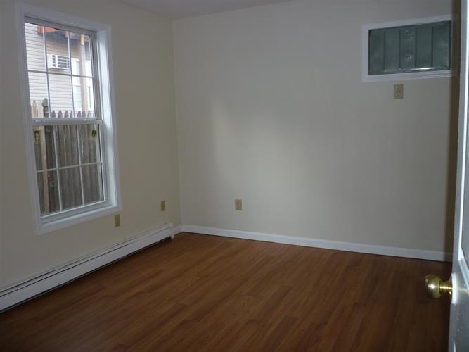 149 Elwood Ave 1, Newark, NJ - USA (photo 3)