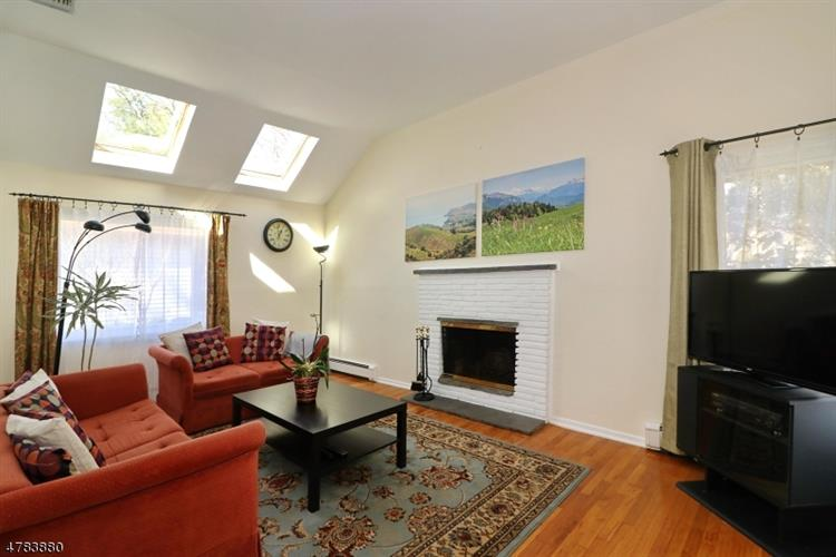 1098 Rahway Ave, Westfield, NJ - USA (photo 3)