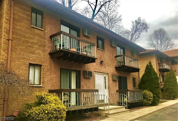 54 Park Ave, C0015, Verona, NJ - USA (photo 2)