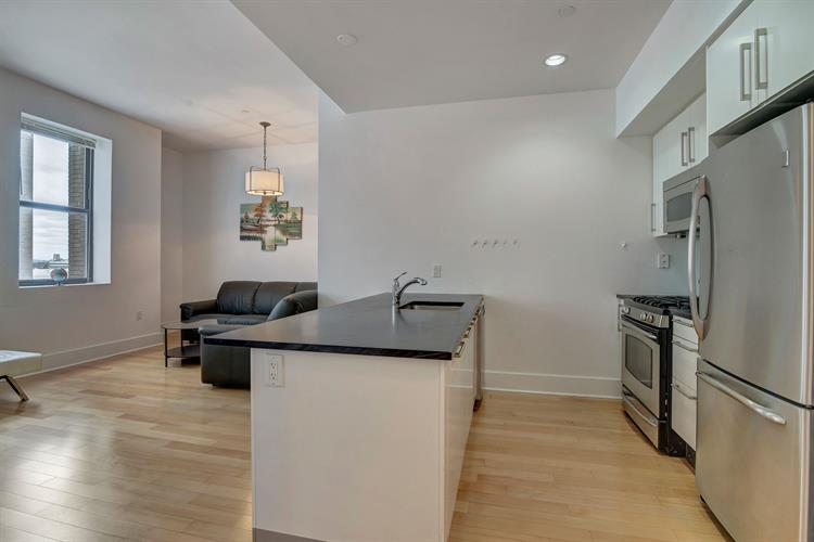 4 Beacon Way Apt #708, Jersey City, NJ - USA (photo 2)