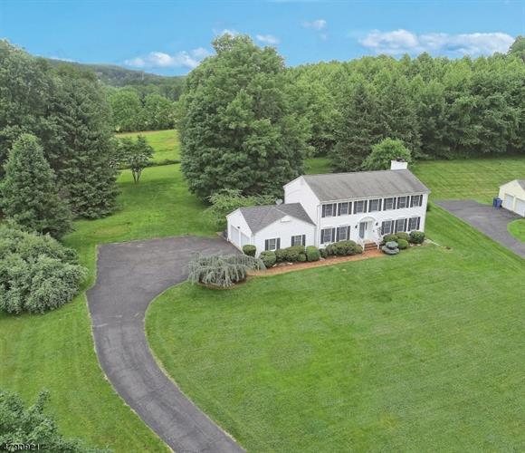 8 High View Dr, Annandale, NJ - USA (photo 2)