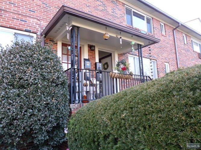47 Espy Road, Unit 17b 17b, Caldwell, NJ - USA (photo 1)