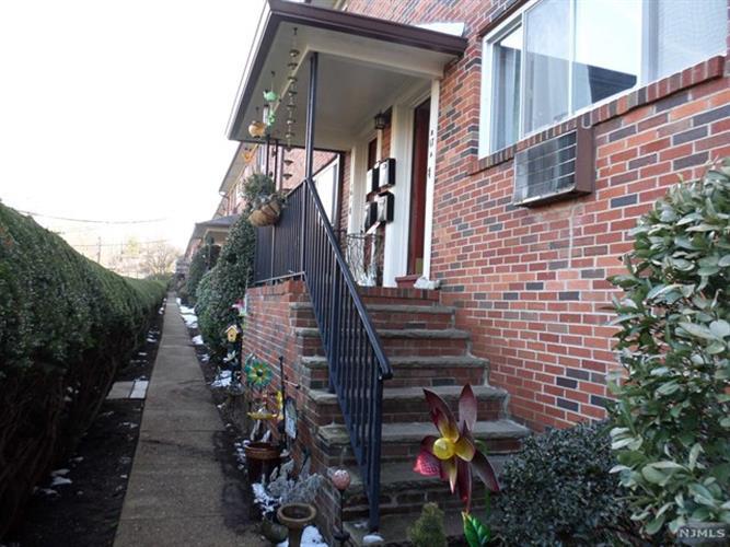 47 Espy Road, Unit 17b 17b, Caldwell, NJ - USA (photo 2)