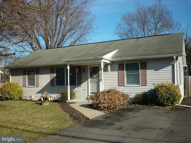 33 S Loudoun Street, Lovettsville, VA - USA (photo 2)