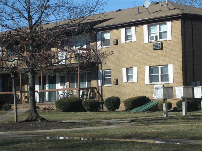 55 Gills Lane 70, Iselin, NJ - USA (photo 2)
