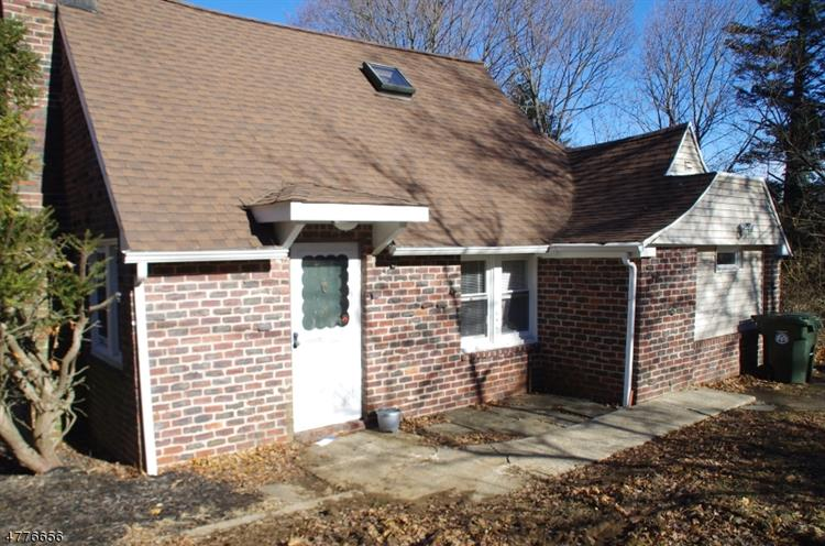 17 Manor House Rd, Mount Olive, NJ - USA (photo 2)