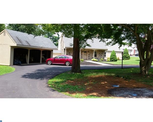 4533 Florida Ave, Newtown Square, PA - USA (photo 2)