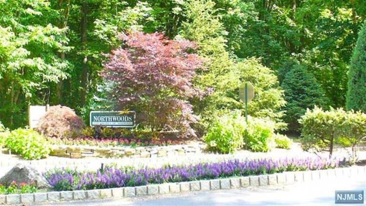 401 Dogwood Ct, Norwood, NJ - USA (photo 1)