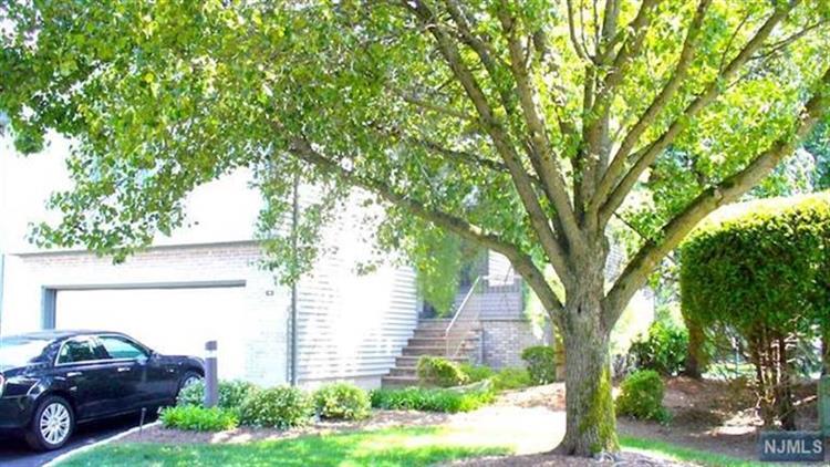401 Dogwood Ct, Norwood, NJ - USA (photo 4)