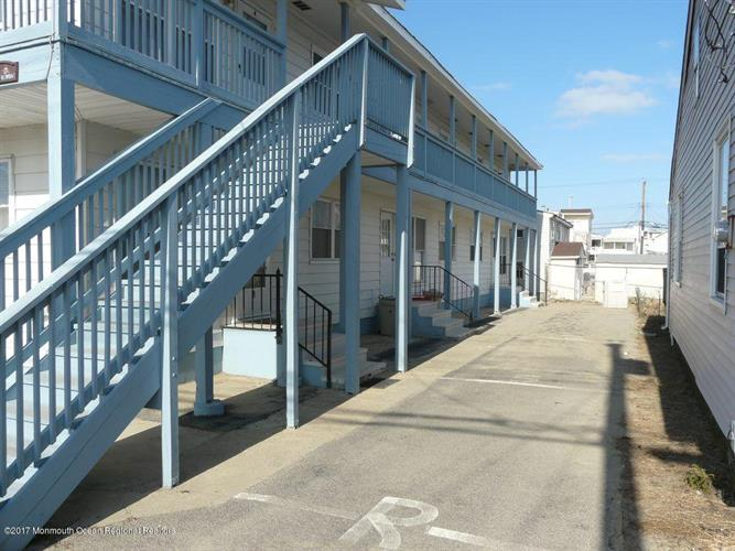 52 Fremont Avenue B6, Seaside Heights, NJ - USA (photo 4)
