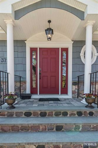 371 Butternut Avenue, Wyckoff, NJ - USA (photo 2)