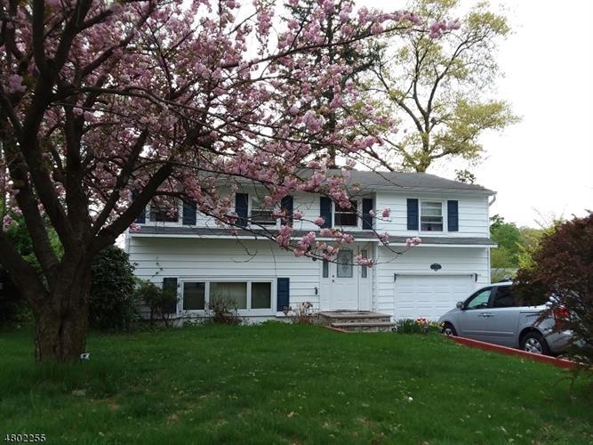 139 S Maryland Ave, Jefferson Twp, NJ - USA (photo 1)