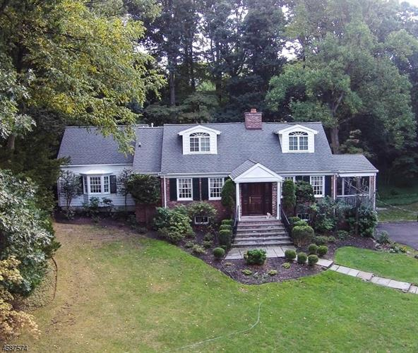 10 Brantwood Ter, Short Hills, NJ - USA (photo 1)