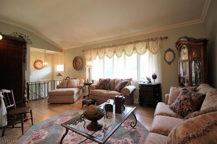 79 Price Pl, South River, NJ - USA (photo 4)