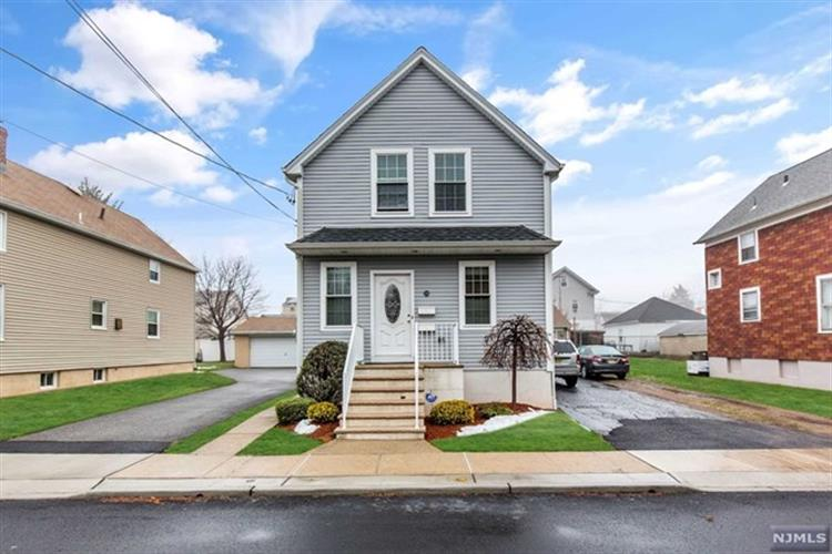 338 3rd Street, Saddle Brook, NJ - USA (photo 1)